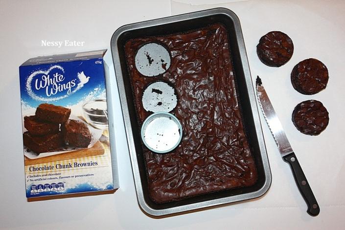 NE's 2nd Blogiversary_Hamburger Cupcakes_Nessy Eater (7)
